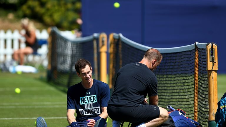 Brit of a blow gives Andy Murray a Wimbledon warning shot