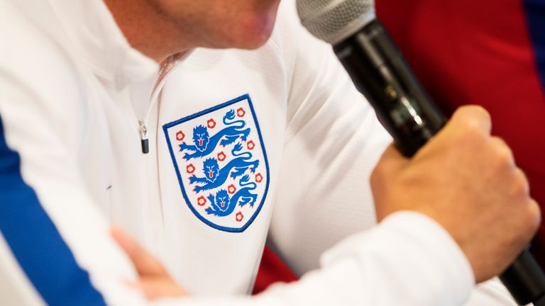 England fans filmed singing anti-Semitic songs, performing Nazi salutes in Russian bar