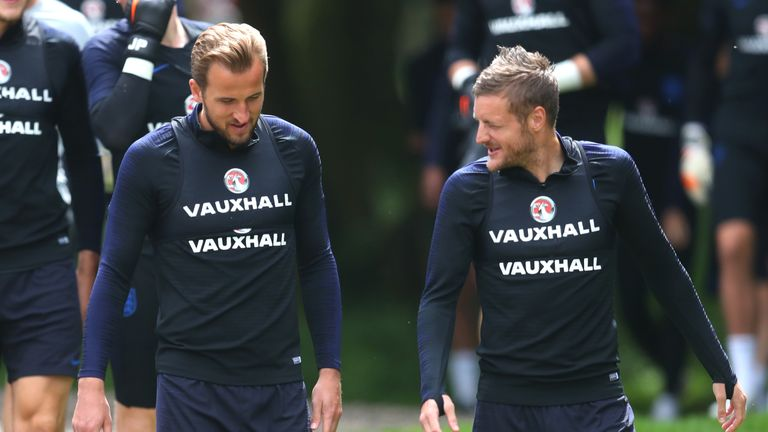Harry Kane and Jamie Vardy in training