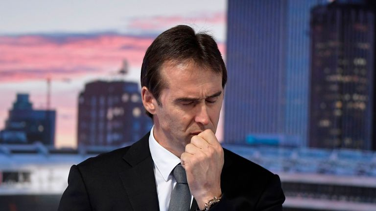 Lopetegui struggled with his emotions at the unveiling