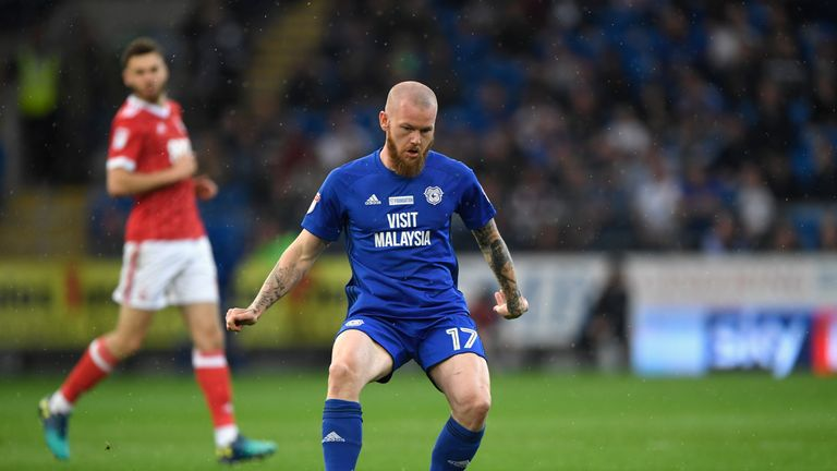 Aron Gunnarsson signs one-year Cardiff contract extension