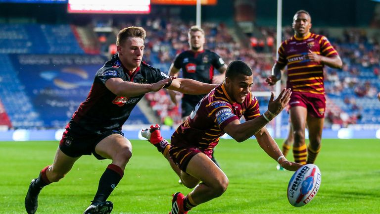 Darnell McIntosh got over for two tries in the impressive Giants win