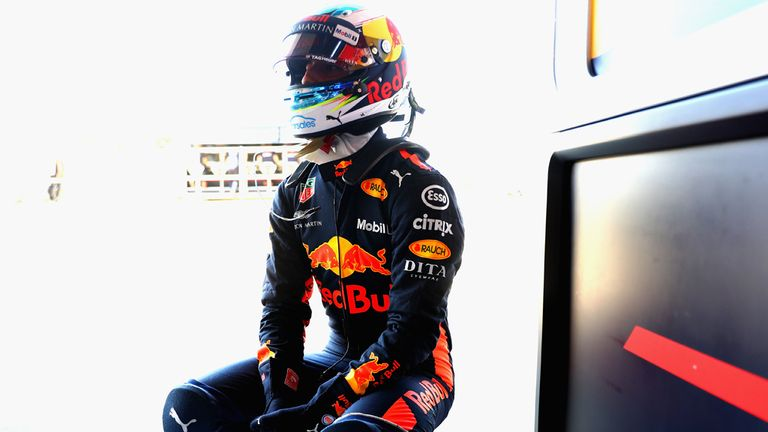 As his options fall away, Ricciardo expects to remain a bull