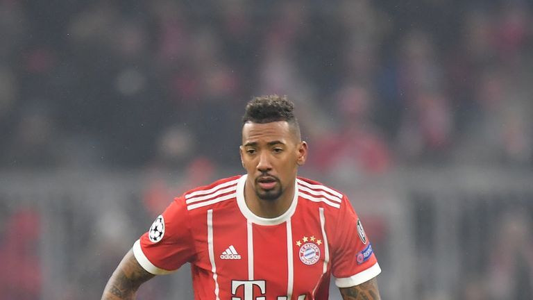 Jerome Boateng is in talks with PSG