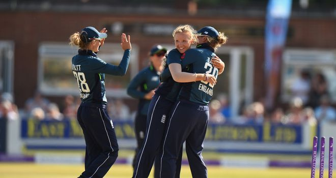 England complete ODI series win over New Zealand with 123-run victory