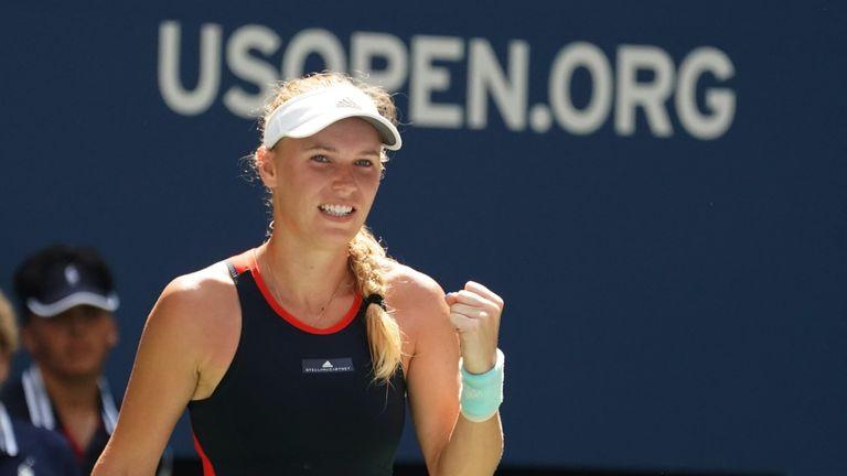 U.S. Open: Wozniacki cruises past sloppy Stosur