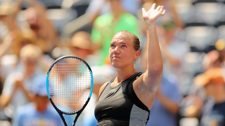 Simona Halep eliminated in first round at U.S. Open