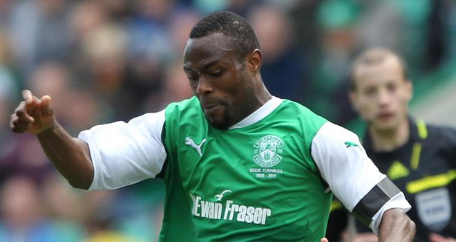 Akpo Sodje: Former Hibernian striker has signed a contract extension at Preston North End