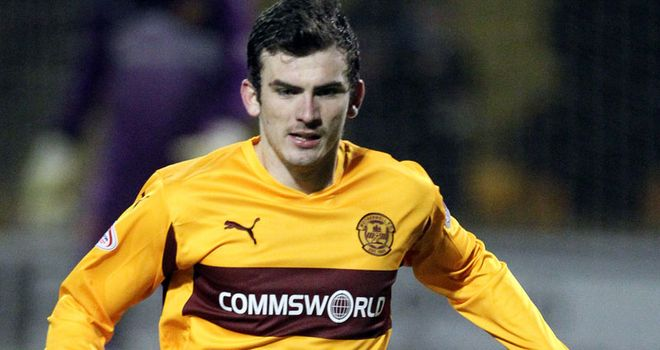 Gunning: Excited about playing at Tannadice