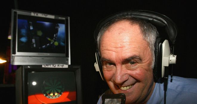Sid Waddell: Colourful commentary style