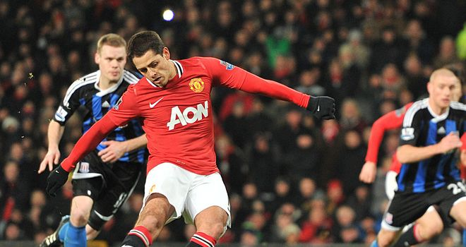 Javier Hernandez's goal set United on course for a comfortable win over Stoke