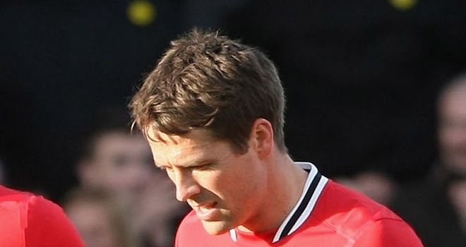 Michael Owen: Has no plans to retire despite his release from Manchester United