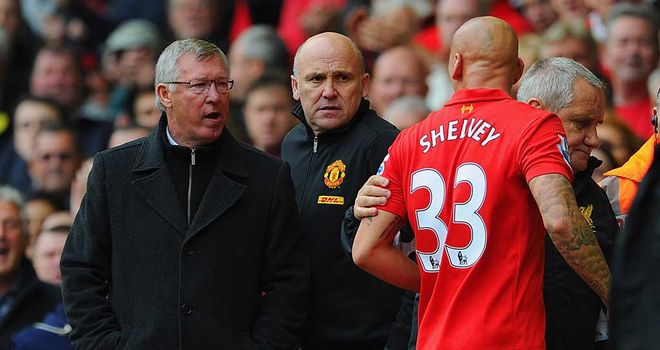 Shelvey and Ferguson: United's manager accepted the Liverpool player's post-match apology.