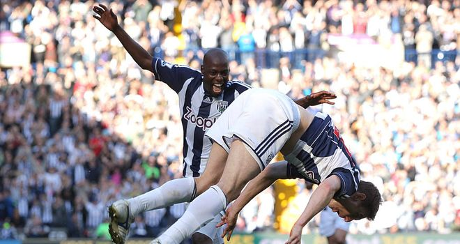 Zoltan Gera celebrates the goal that doubled West Brom's lead