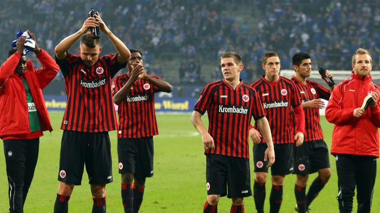 Frankfurt celebrate a point against Schalke