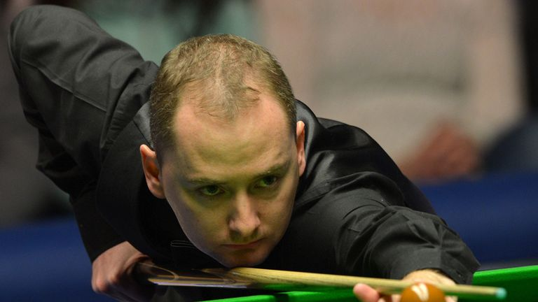 Graeme Dott: through to the Masters semi-finals