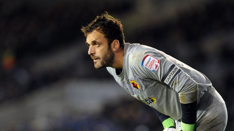 Manuel Almunia: Watford keeper has signed a new one-year contract