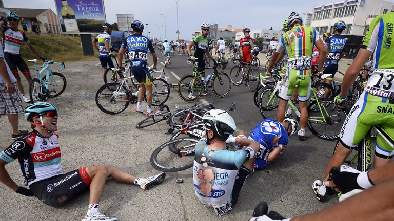 A late crash wiped out most of the peloton