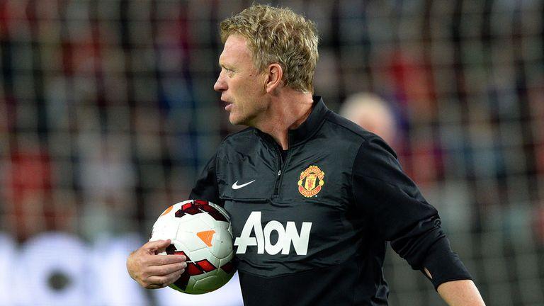 David Moyes seeking midfielder to impove Manchester United squad