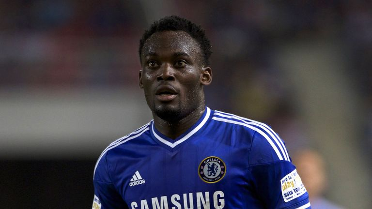 Former Chelsea star Michael Essien has signed a 12-month deal with Persib Bandung