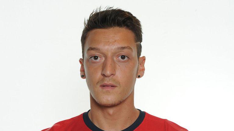 Premier League: Arsenal new boy Mesut Ozil confident of winning trophies