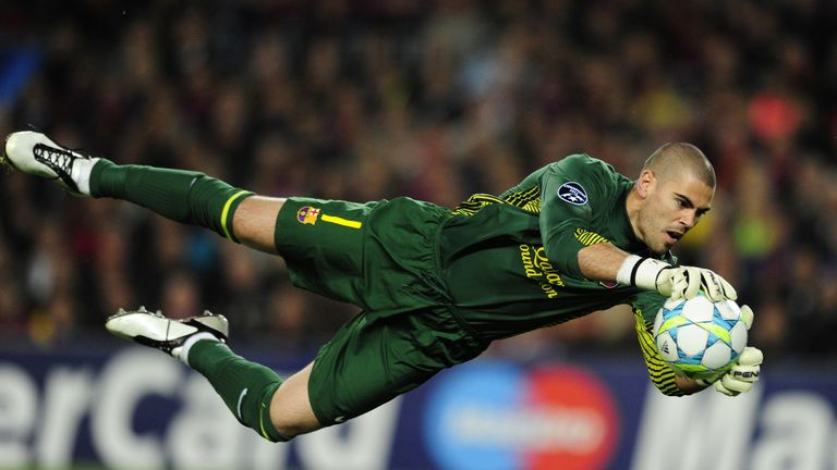 Transfer News: Victor Valdes admits lure of playing in England