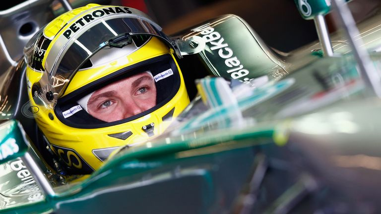 Nico Rosberg: High-speed tyre blow-out