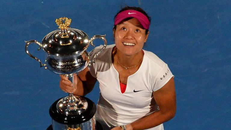 Australian Open: Osaka vows to block out negatives after 'toughest year'