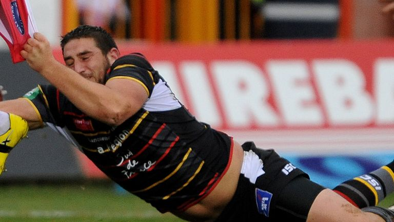 Julian Bousquet: Extended stay with Catalans Dragons