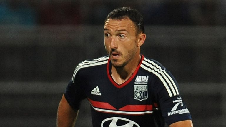 Steed Malbranque: Went close to breaking deadlock for Lyon