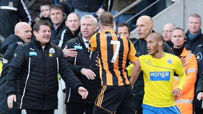 Alan Pardew: Position as Newcastle manager is in doubt, according to club legend Alan Shearer