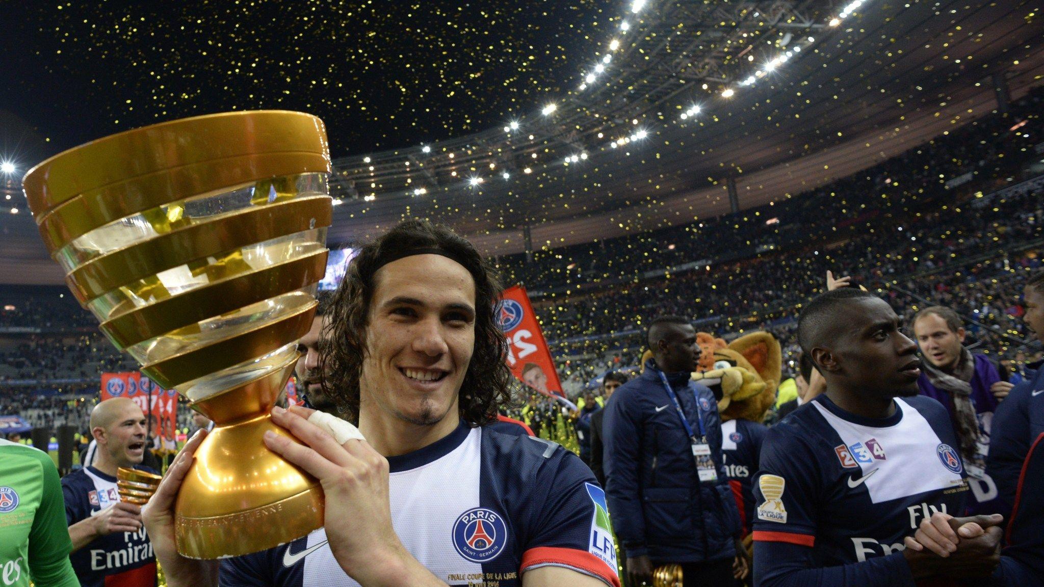 Coupe De La Ligue Edinson Cavani Inspires Paris Saint Germain To 2 1 Cup Win Over Lyon Football News Sky Sports