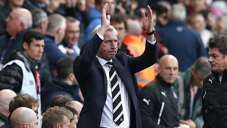 Alan Pardew: Newcastle boss determined to fight to keep his job