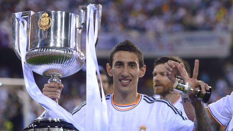 Angel di Maria: Set for medical at Manchester United