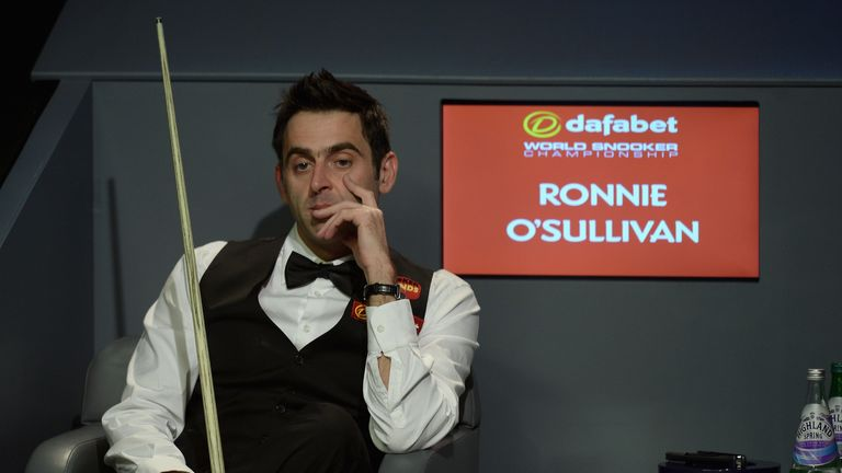 Ronnie O'Sullivan: Beat Stuart Bingham and Marco Fu to reach the semi-finals in Coventry