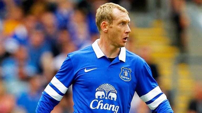 Tony Hibbert: Everton defender has signed a two-year deal at the club