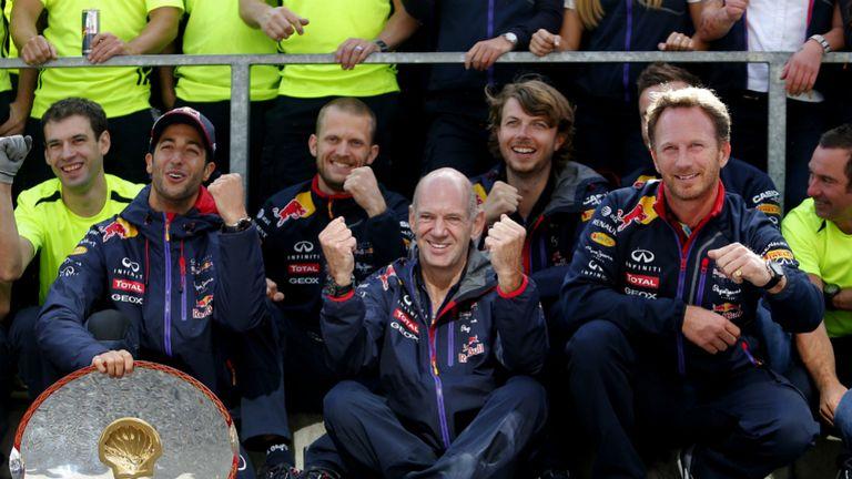 Daniel Ricciardo celebrates Belgian GP win with Adrian Newey and Christian Horner