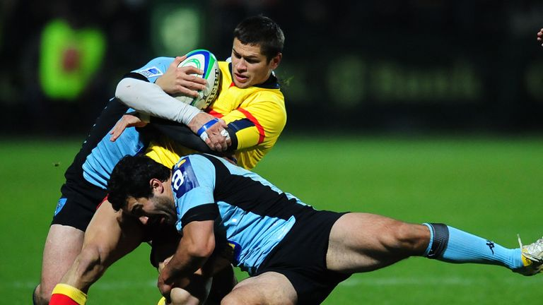 Fercu (in yellow): Signs for Saracens