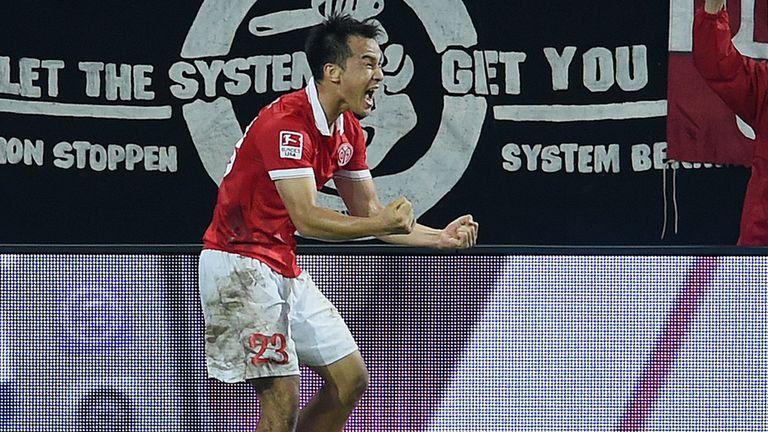 Shinji Okazaki of Mainz celebrates after scoring