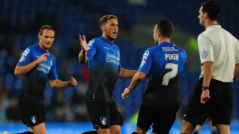 Dan Gosling of Bournemouth (c) celebrates after scoring the opening goal