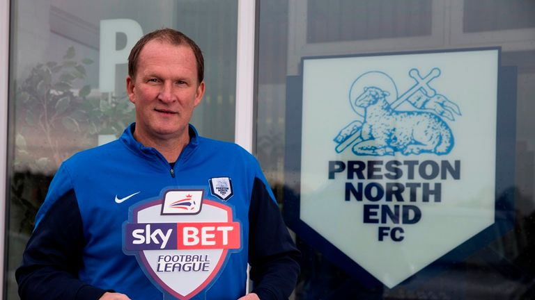 Simon Grayson: Preston going well