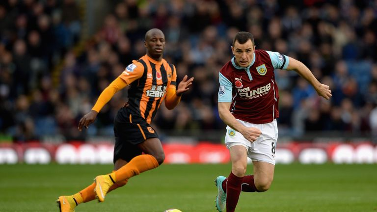 Hull will overcome fellow strugglers Burnley at the KC Stadium, according to Merse