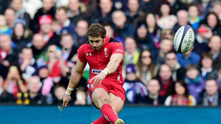 Leigh Halfpenny opened the scoring for Wales