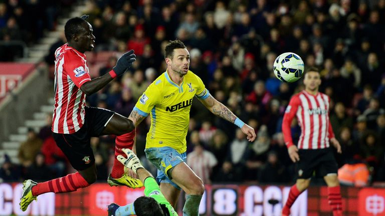 Sadio Mane scores the winner for Southampton