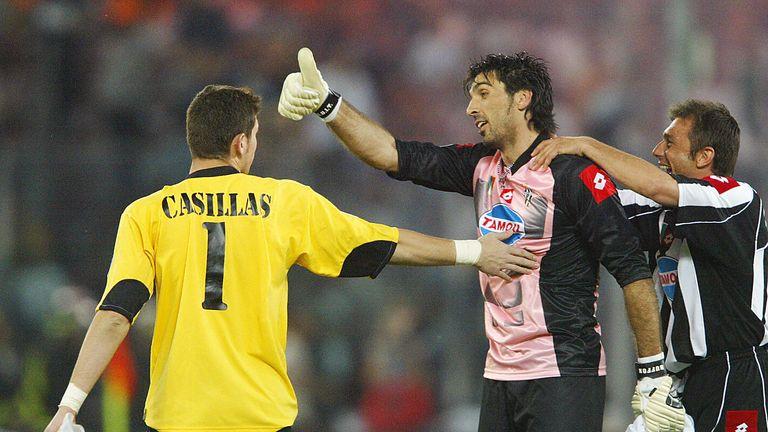 Iker Casillas congratulates Gigi Buffon after a 2003 Champions League semi-final