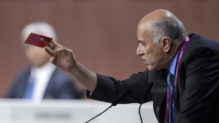 Jibril Raboub: Palestine FA president shows red card during his FIFA Congress speech