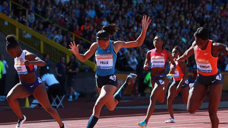 Jeneba Tarmoh (right) beats Dina Asher-Smith (left) and Allyson Felix in the 200m