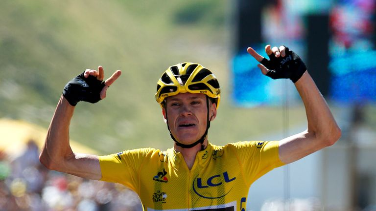 Chris Froome won stage 10 solo