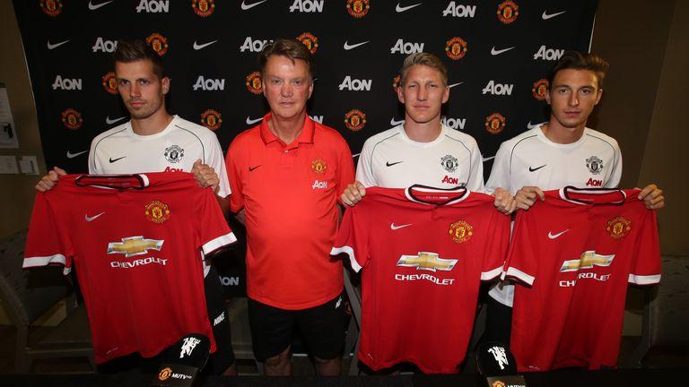 Louis Van Gaal Warns New Man United Signings They Must