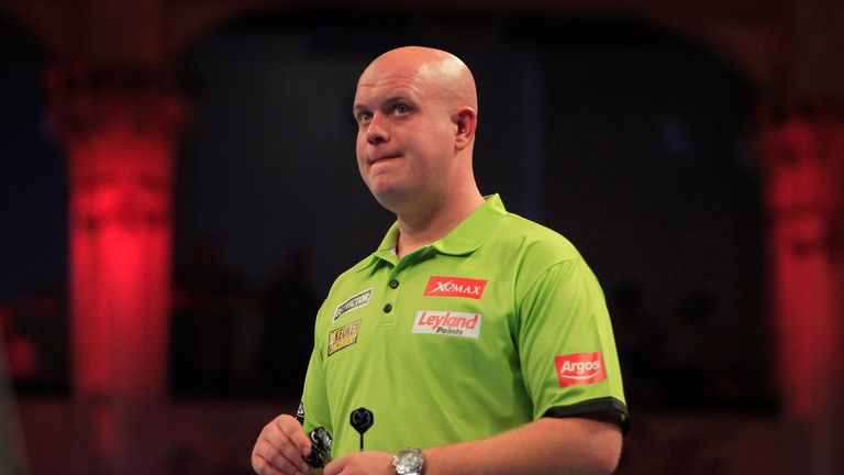 MIchael van Gerwen succumbed to Smith for the second year in a row